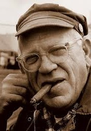 eric-hoffer-smoking